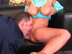 how big boobs big butts big clits not the expert?