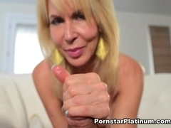 Erica Lauren in Hitachi Hand Job - PornstarPlatinum