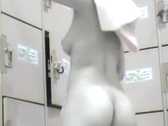 Lockerroom Peep2