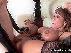 Ava Devine in Tranny Strap On with Jamie French