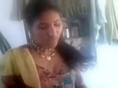 Sexy North Indian Aunty's Wet Crack and Billibongs Show