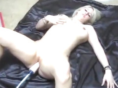 BIONDE MILF WITH GIANT TITS GET FUCKED BY SEX MACHINE