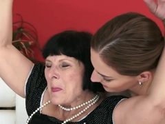 Lyen Parker sits her sweet pussy on a grandmas face