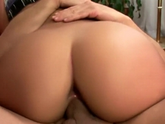 Claudia Bella is an anal-loving girl who loves having MMF threeways