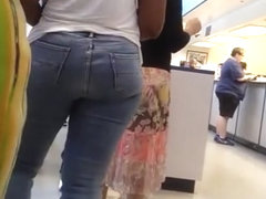 TWO PHAT ASSES