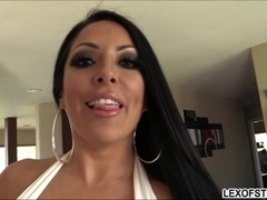 Kiara gets pounded by a huge cock and receives messy facial