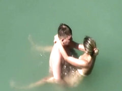 Voyeur caught funny sex in the water