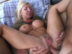 Cute blond with large titts take weenie in the wazoo
