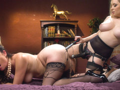 Aiden Starr & Sovereign Syre in Housewife Ruins Dinner, Electropunished - Electrosluts