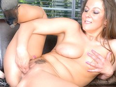 Valentina Ross in What She Likes - Anilos