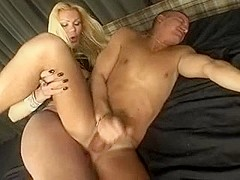 good fuck with atitty blonde shemale in pantyhose