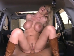Huge tits Nikky Benz enjoys a really hard riding